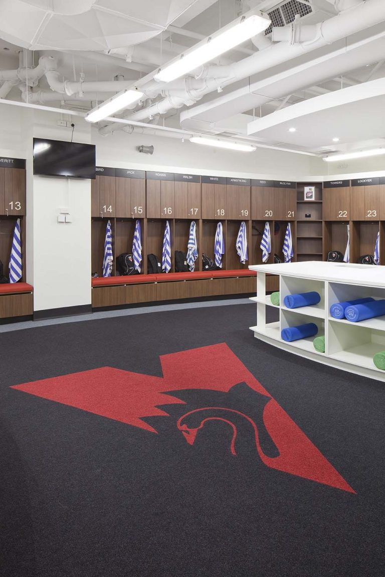 3. Sydney Swans Locker Rm _ Traing Facilities 2013 019